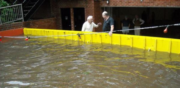 FloodBreak Automatic Floodgate Protects Garage From Floods