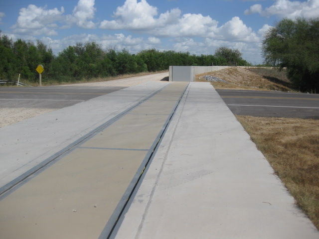 FloodBreak Roadway Gates elevate levees without elevating miles of roadway