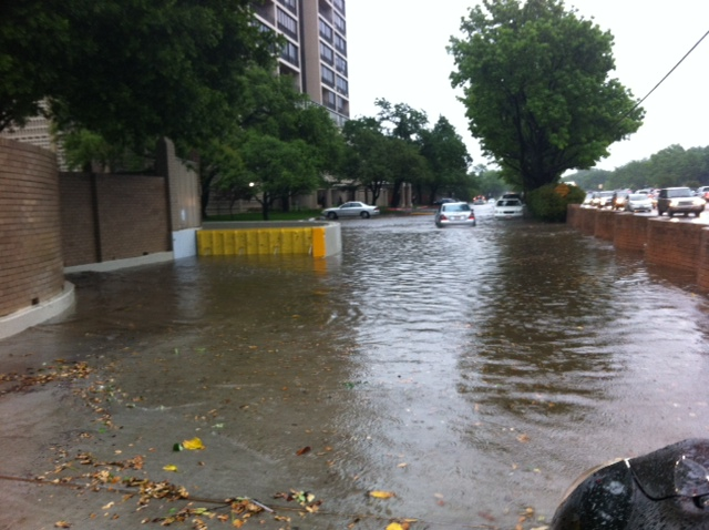 passive automatic flood barriers deploy in flash flooding