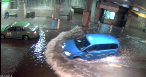 Dallas Love Field-Flash Flood -fully deployed-car splashing_1290x683